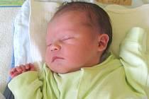Jmenuji se HYNEČEK HILDEBRAND, narodil jsem se 5. srpna, při narození jsem vážil 3180 gramů a měřil 50 centimetrů. Rodiče se jmenují Romana a Aleš, doma se na mě těší sestřička Eliška. Bydlíme v Jamnici.