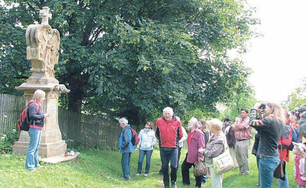Křížová cesta v Rudě u Rýmařova je poděkováním za záchranu života rychtáře Jiřího Greschenbergera. Pochází z roku 1760.