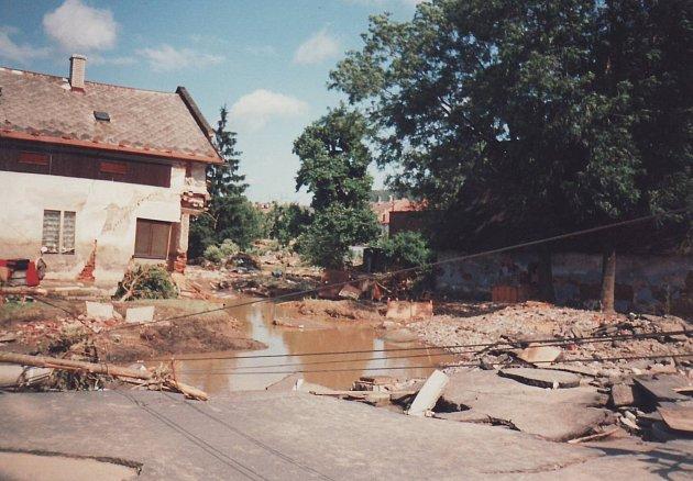 Povodeň včervenci 1997byla největší, jaká kdy byla vhistorii Krnovska zaznamenána.