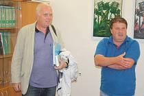 Slezské Rudoltice navštívil Jaroslav Hodyc, který v devadesátých letech zjistil, že je  potomek hraběcího rodu Hodiců.   Chtěl poznat rudoltický zámek, který byl sídlem Hodiců.