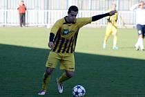 Útočník Lukáš Krčmařík vystřelil v osmdesáté minutě zápasu se Slavičínem svému týmu tři body.