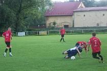 Fotbalisté z Krásných Louček na zápas ve Stěbořicích určitě nebudou rádi vzpomínat.