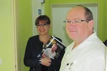 Ředitel nemocnice Ladislav Václavec představil zázemí zdravotníků, kteří poskytují v domácím prostředí péči o seniory, handicapované, a nemocné ve vážném stavu.