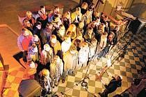 Co obnáší tensing neboli zpívání teenagerů, představí adventní Gospel Night v krnovském evangelickém kostele. Adventní koncerty pořádané v tomto kostele už tradičně přispívají k předvánoční atmosféře města.