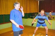 Oblíbeným sportem je v Bruntále také stolní tenis. Amatérská liga stolních tenistů se blíží již do své poloviny.