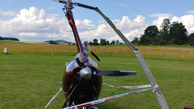 U Slezské harty na Bruntálsku havaroval létající stroj virník.