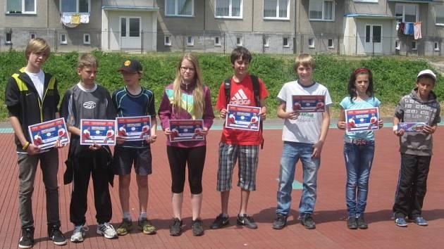 Úspěšní žáci rýmařovské základní školy.