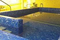 Podhorská nemocnice v Bruntálu obnovila provoz rehabilitačního bazénu.