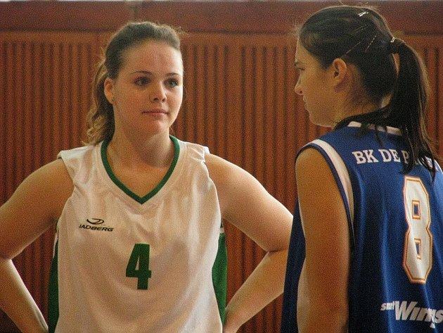 Basketbalistky Lokomotivy Krnov porazily BK DE Prosek 83:65.