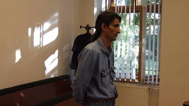 Ludvík Hlaváč před soudem.