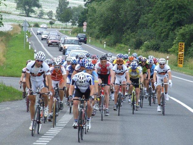 Čtvrtého závodu Slezského poháru amatérských cyklistů (SPAC) a současně dalšího závodu Jesenického šneku, kterým byl Krnovský Goofák, se v sobotu 21. června zúčastnilo celkem 137 cyklistů.