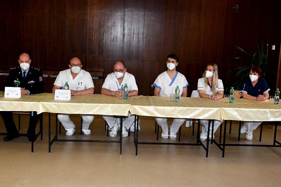 Stateční zaměstnanci krnovské nemocnice