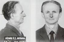 Arnošt (Ernest) Grünspan na fotografii z roku 1960, která se dochovala v jeho vězeňských spisech. Za války ošetřoval francouzské partyzányz organizace Maquis. Přestože byl v odboji a  židovského původu, soud ho potrestal vězením za propagaci fašismu.