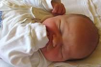 Jmenuji se PATRICIE STRÝČKOVÁ, narodila jsem se 27. září, při narození jsem vážila 3015 gramů a měřila 48 centimetrů. Rodiče se jmenují Vendula Krömerová a Daniel Strýček. Doma se na mě těší sestřička Nikolka. Bydlíme v Široké Nivě.