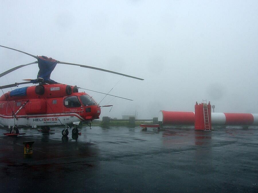 Výměnu antény na vysílači Praděd provedli dvourotorovým vrtulníkem Kamov Ka-32.