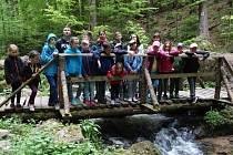Rešovské vodopády byly cílem víkendové akce, kterou pro krnovské děti připravila Duha Paprsek.