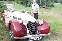 Vrbno pod Pradědem mělo mezi posádkami historických vozidel Trofeo Niké Jeseníky svého zástupce. Jízdy se zúčastnil také vrbenský rodák Josef Záhoř.