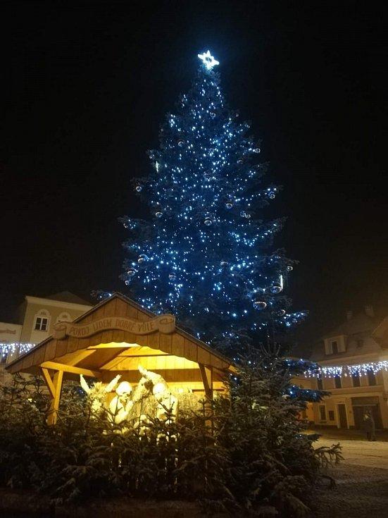 Vánoční strom 2020 v Bruntále