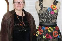 Hana Dubajová z Liptaně v ruských muzeích obdivovala využití paličkované krajky v současné módě i v lidovém folkloru.
