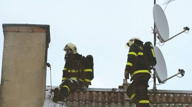 V topné sezoně nejsou požáry zaneřáděných komínů ojedinělou záležitostí.
