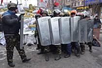 Revoluce na Ukrajině nenechala v klidu fotografa a cestovatele Ivo Dokoupila, který bydlí v Radimi u Krnova. V pátek se vrátil už ze třetí výpravy do Kyjeva.