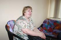 Dagmar Fojtková z Krnova je sice krejčová, ale většinu života pracovala na železnici. Když ji propustili pro nadbytečnost, nesložila ruce v klín a využila programů, které pomáhají nezaměstnaným najít uplatnění v novém oboru.
