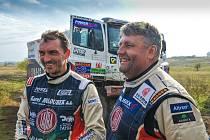 MARTIN KOLOMÝ (vpravo) by chtěl na příštím Dakaru v celkovém pořadí dojet mezi nejlepší trojicí.