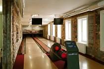 V rýmařovském zábavním centru Viktorie si mohou návštěvníci zahrát i golf.