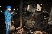 Karnola se po požáru ocitla na rozcestí. Je lepší ohořelé stroje jen zakonzervovat, udělat z nich nefunkční muzejní exponáty, nebo je zrestaurovat do provozuschopného stavu?