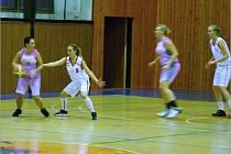 Povedené představení připravily basketbalistky SK Bruntál svým fanouškům, Frýdku-Místku nedaly šanci.