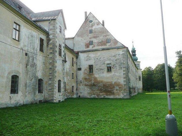 Zámek v Janovicích u Rýmařova. Ilustrační foto.
