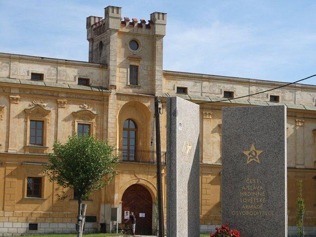 Zámek ve Slezských Rudolticích. Ilustrační foto.