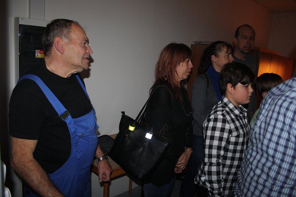 Divadelní technik Pavel Ivan v listopadu 2018 pozval veřejnost na exkurzi do svého království.