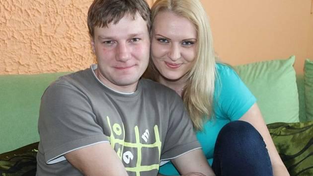 Denisa Dimiděnková a Roman Kočan. Dvojice vyhrála soutěž Svatba naživo a získala bezplatný sňatek od agentury A-gnos Bruntál.