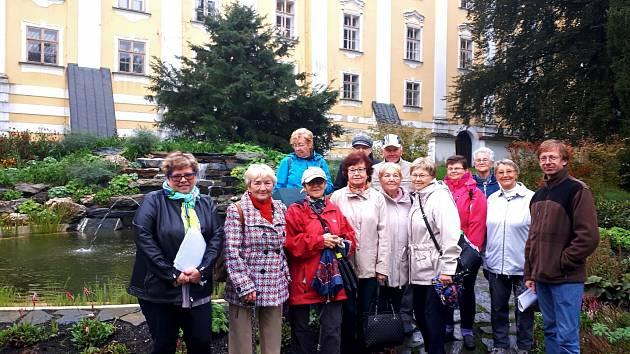 Členové SONS Bruntál navštívili bruntálský zámek.