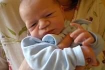 Matyáš Pokluda, narozen 17.1. 2011, váha 2, 995 kg, míra 47 cm, Opavice. Maminka Pavlína Jalůvková, tatínek Zbyněk Pokluda.