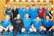Vítězi Silvestrovského turnaje seniorů 2013 se stali fotbalisté Slavoje Bruntál.