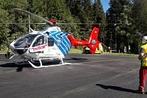 Mladý cyklista se těžce zranil u Ovčárny, letěl pro něj vrtulník z Ostravy.