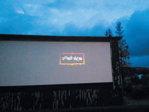 Letní kino v Jindřichově.