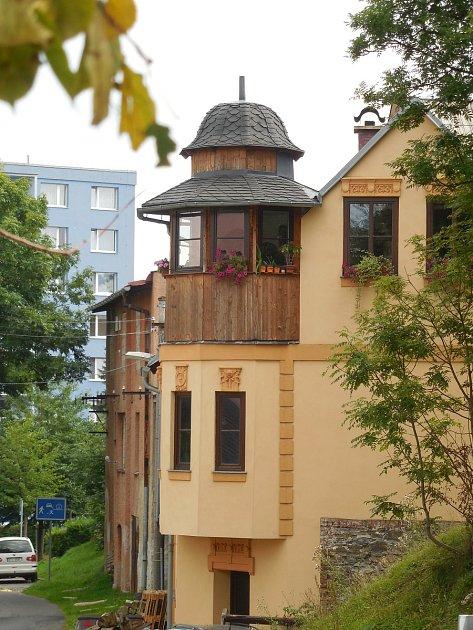 Návštěva expozic otextilnictví vrýmařovské Hedvě je pro výletníky zážitek.