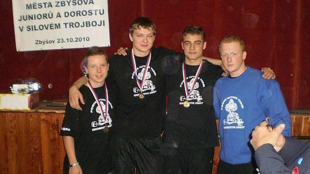 Úspěšní krnovští trojbojaři opět dosáhli krásných výkonů a zaslouženě brali medaile.