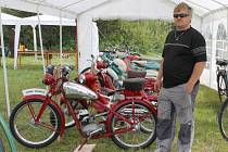 V Dětřichově nad Bystřicí si zájemci mohli prohlédnout jedinečné historické bicykly a staré motorky.