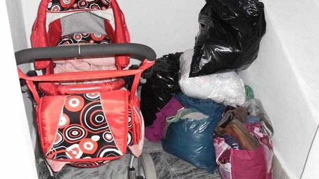 Dobrotiví lidé z Bruntálu přichystali kočárky i oblečení potřebným.