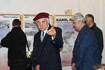 Major v záloze Juraj Nedorost, člen Klubu přátel Francie a Slovenska, spoluautor výstavy o Karolu Pajerovi, promluvil i při zahájení výstavy v Bruntále.
