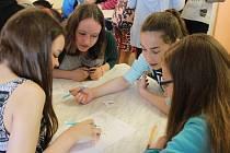 Velké napětí panovalo ve středu 29. dubna v Základní škole Okružní v Bruntále, kde proběhla za účasti zhruba sto dvaceti dětí Oblastní ekosoutěž.