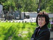 Exponáty ke dvacetiletému výročí osamostatnění Ludvíkova od Vrbna pod Pradědem jsou ke zhlédnutí na obci, kde je připravovala starostka Dana Selingerová.