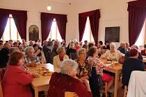 Setkání Volyňských Čechů a jejich potomků ve Slezských Rudolticích provázela výstava,  která přiblížila život  této komunity ve vesnicích, které dnes leží na území Ukrajiny.