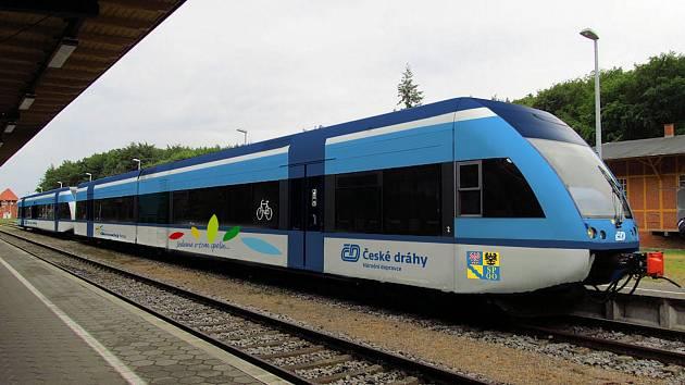 České dráhy minulý týden přivezly z Německa prvních pět vlakových jednotek Stadler GTW. Jezdit by mohly v Olomouckém kraji, a také z Jeseníku do Krnova.
