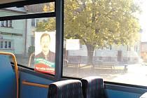Předvolební kampaň přinesla na Krnovsku vtipnou hádanku: Může být komunista v ODS? Odpověď: Ano, ale něco takového se může stát jen na Osoblažsku.