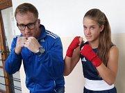 Veronika Zajícová s trenérem české reprezentace Radkem Semanem.